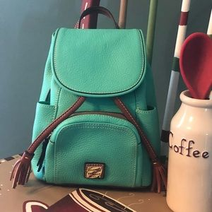 Dooney and Bourke pebble leather backpack purse!